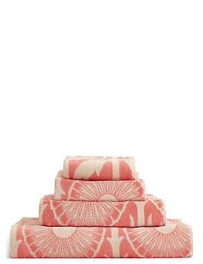 Geometric Print Towel, CORAL MIX, catlanding