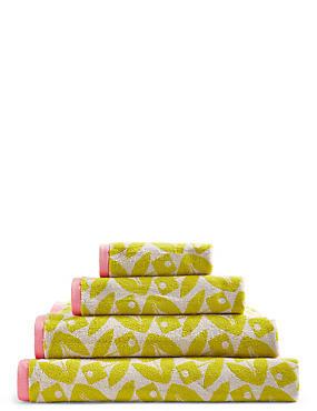 Geometric Petal Towel, LIME, catlanding