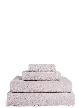 Plush Floral Towel, STONE, catlanding