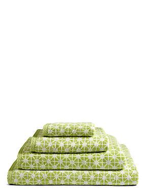Geometric Print Star Towel, LIME, catlanding