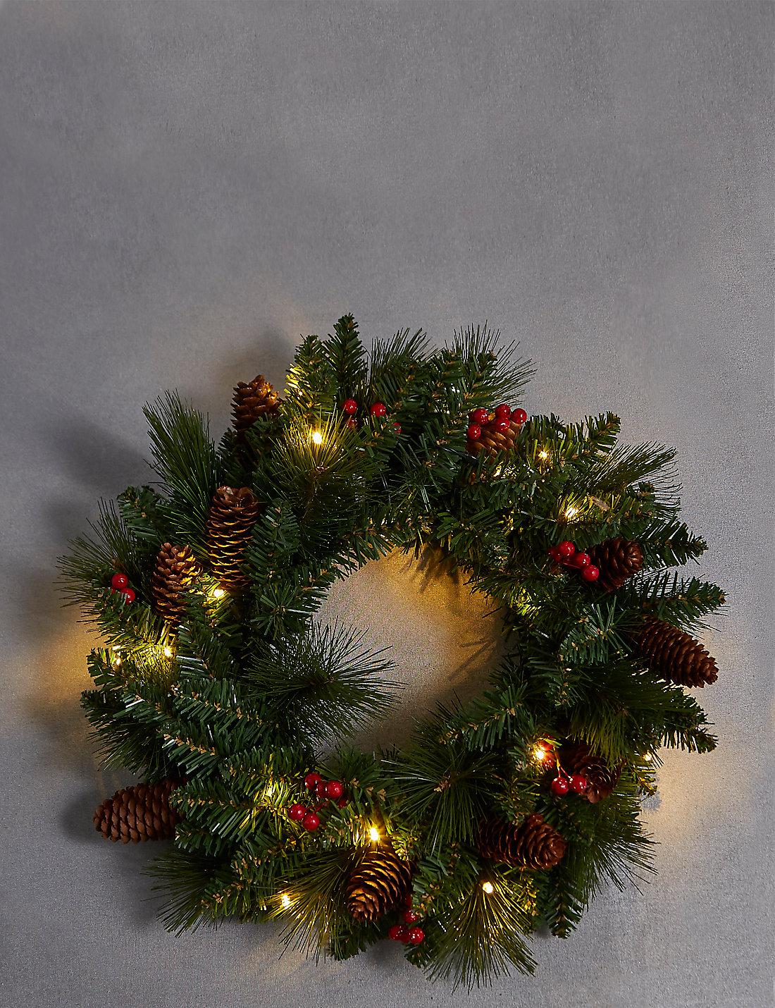 winterberry prelit wreath