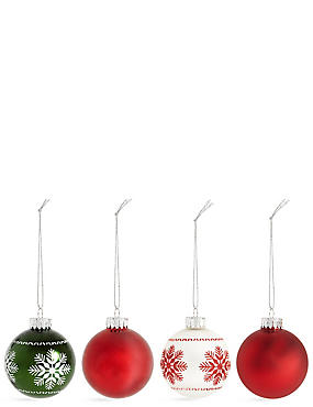Set of 12 Luxury Glass Winterberry Baubles, , catlanding