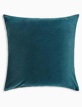 Velvet Cushion, EMERALD, catlanding