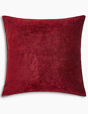 La Perla Cushion, DARK RED, catlanding