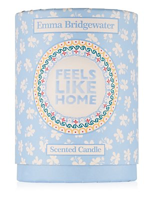 Feels Like Home Scented Candle 200g, , catlanding