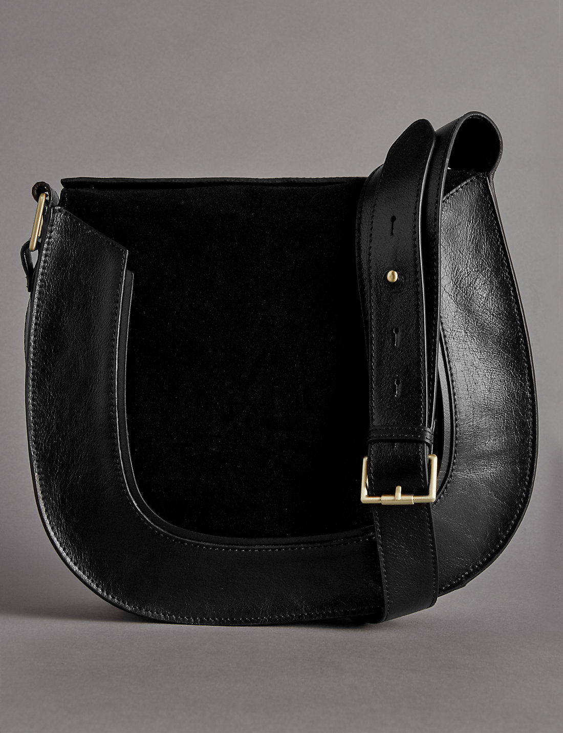 Ring Lorelle Leather Tote Bag