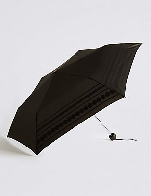 Circle Striped Umbrella with Stormwear™, BLACK MIX, catlanding