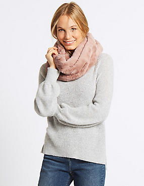 Ruffled Fur Snood Scarf, BLUSH, catlanding