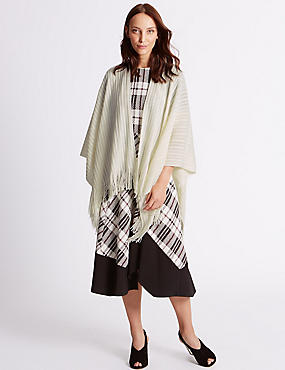 Knitted Wrap, CREAM, catlanding