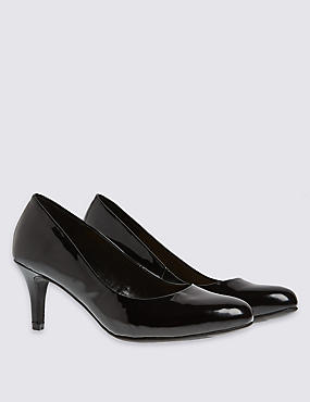 Almond Toe Wide Fit Court Shoes with Insolia®, BLACK PATENT, catlanding