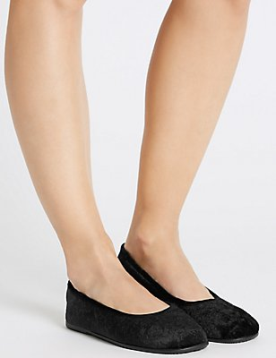 Rose Embossed Ballerina Slippers, BLACK, catlanding