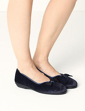 V-Throat Bow Ballerina Slippers, NAVY, catlanding