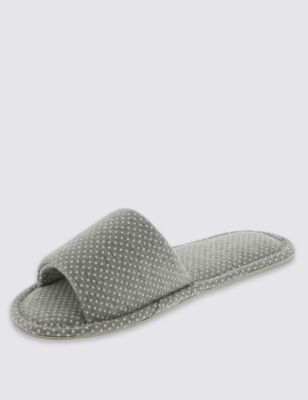 Домашние тапочки с открытым носком в горошек M&S Collection T023995