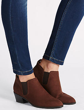 Western Ankle Boot with Insolia®, CHESTNUT, catlanding