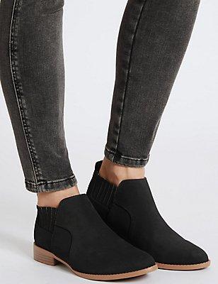 Block Heel Ankle Boots with Insolia Flex®, BLACK, catlanding