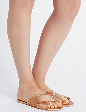 Sandales style mules à brides croisées, CHAIR, catlanding