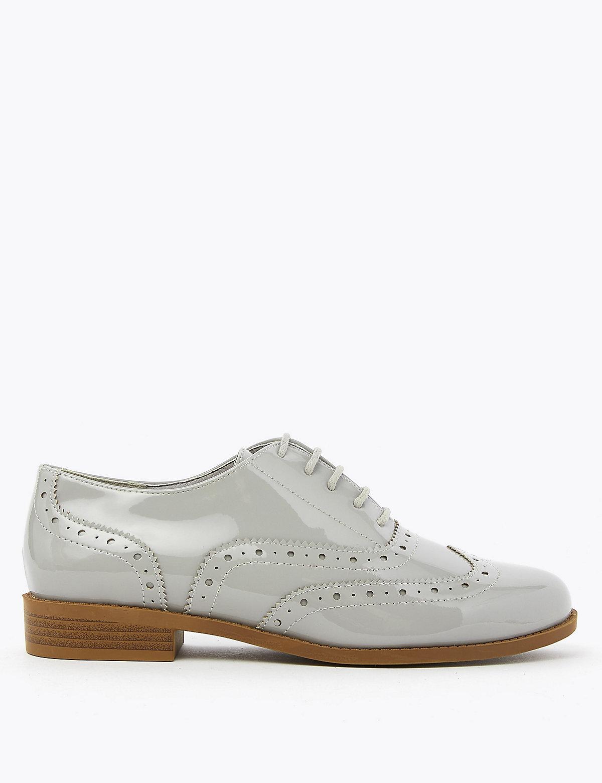 Туфли-броги на шнурках