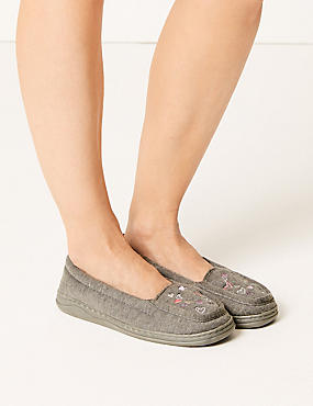 Heart Embroidered Moccasin Slippers, GREY MIX, catlanding