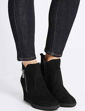 Wedge Heel Ankle Boots, BLACK, catlanding