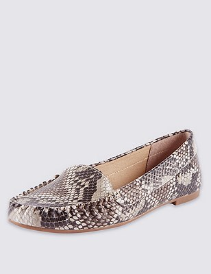 Faux Snakeskin Print Loafers with Insolia Flex®, NEUTRAL, catlanding