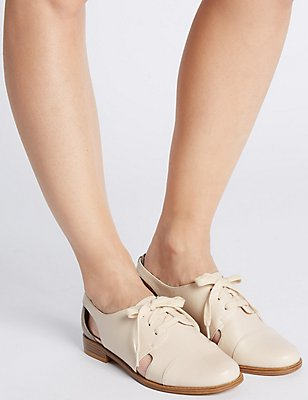 Block Heel Cut Out Brogue Shoes, ECRU, catlanding