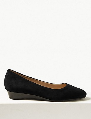 Suede Wedge Pumps with Stain Away™, BLACK, catlanding