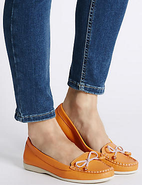 Leather Low Heel Bow Boat Shoes, OCHRE, catlanding