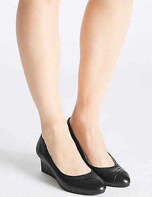 Leather Wedge Heel Pleated Pumps, BLACK, catlanding