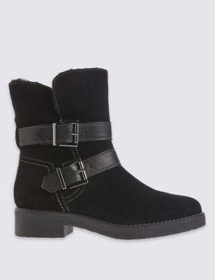 Замшевые ботинки с пряжками и технологиями Stain Away™ и Footglove™