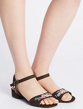 Sandales larges à talons carrés et motif brodé, NOIR ASSORTI, catlanding