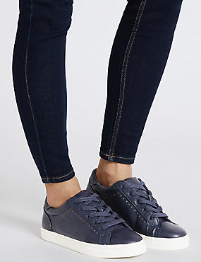 Punch Hole Trainers , NAVY, catlanding