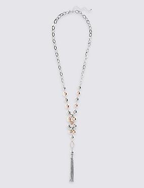 Halskette mit zwei Kugel- und Quastenanhängern, , catlanding
