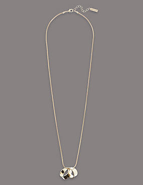 Swirl Necklace, , catlanding