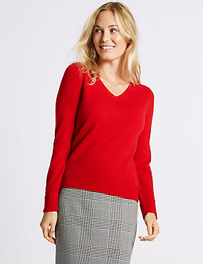 Lambswool Rich V-Neck Jumper, LACQUER RED, catlanding