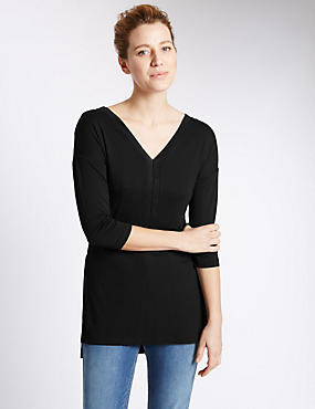 V-Neck Chuck On Tunic
