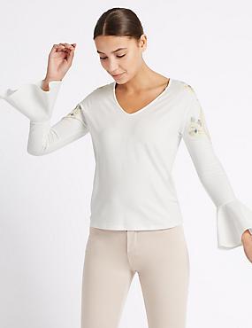 Puff Print V-Neck Long Sleeve T-Shirt, IVORY MIX, catlanding