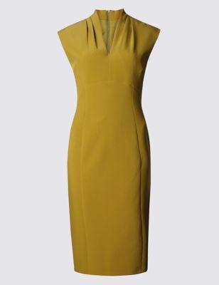 Платье-бодикон с V-горловиной