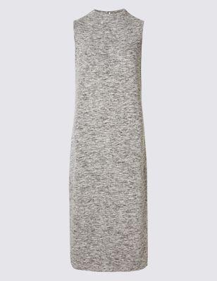 Платье букле без рукавов