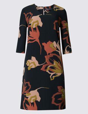 Платье-туника с крупным цветочным принтом и рукавом 3/4 от Marks & Spencer