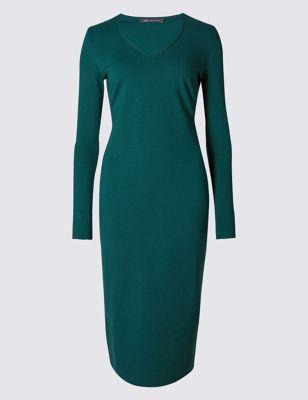Трикотажное платье-бодикон