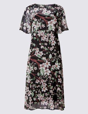 Струящееся платье с восточными цветами
