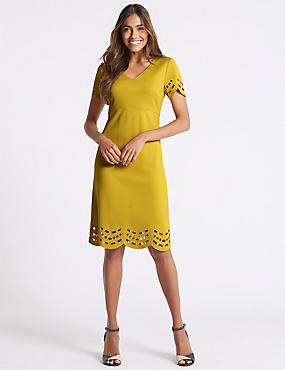 Cutwork V-Neck Short Sleeve Tunic Dress, WINTER LIME, catlanding