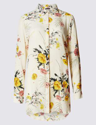 Свободная рубашка из вискозы с удлинённой спинкой и цветочным принтом M&S Collection T434921