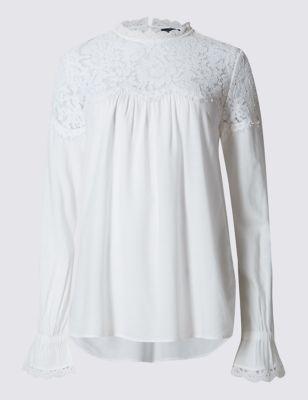 Блузка-хомут с цветочным кружевом и длинным рукавом M&S Collection T434936