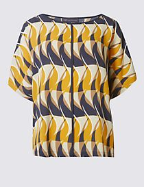 Flame Print Short Sleeve Shell Top