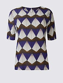 Geometric Print Half Sleeve Shell Top