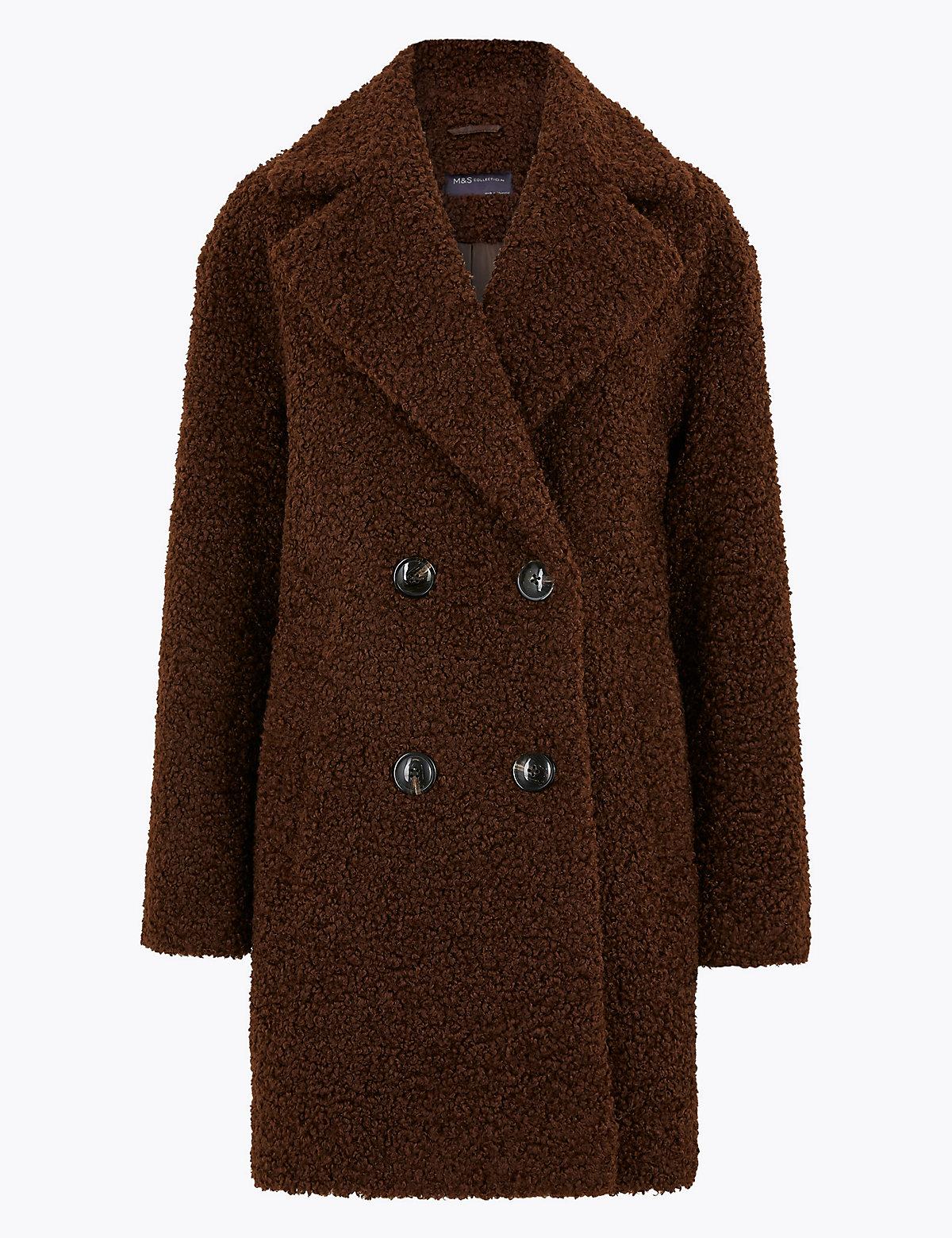 Плюшевое двубортное пальто