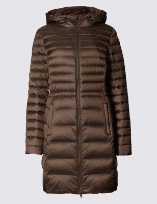 Приталенное стеганное пальто-пуховик с капюшоном Per Una T493811L