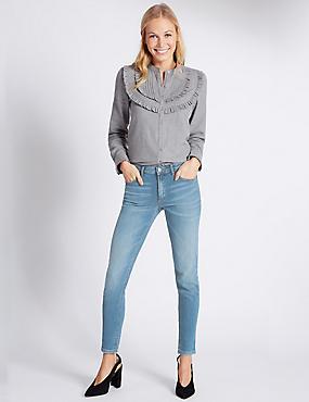Tief sitzende Jeans mit schmalem Bein, TÖNUNG, catlanding