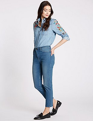 Button Fly Mid Rise Cropped Jeans, MEDIUM INDIGO, catlanding